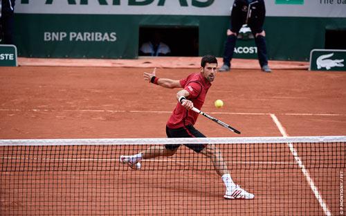 Nghẹn ngào hạnh phúc, Djokovic vẽ trái tim ở Roland Garros - 1