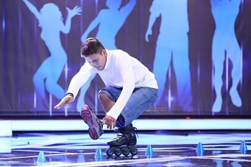 Chàng trai trượt patin 1 chân khiến khán giả ngưỡng mộ - 2