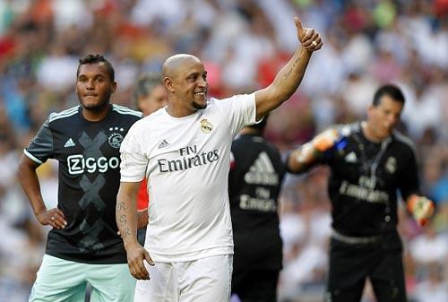 """Figo, Raul """"nhảy múa"""" cùng đội huyền thoại Real - 6"""