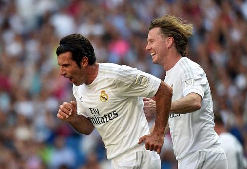 """Figo, Raul """"nhảy múa"""" cùng đội huyền thoại Real - 5"""