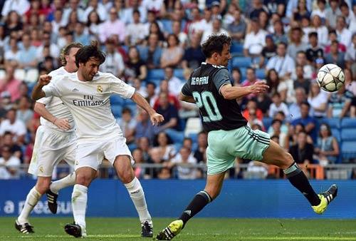 """Figo, Raul """"nhảy múa"""" cùng đội huyền thoại Real - 9"""