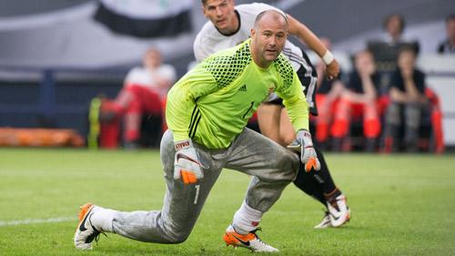 Từ Carvalho tới Buffon: Chiến binh không tuổi ở Euro - 2