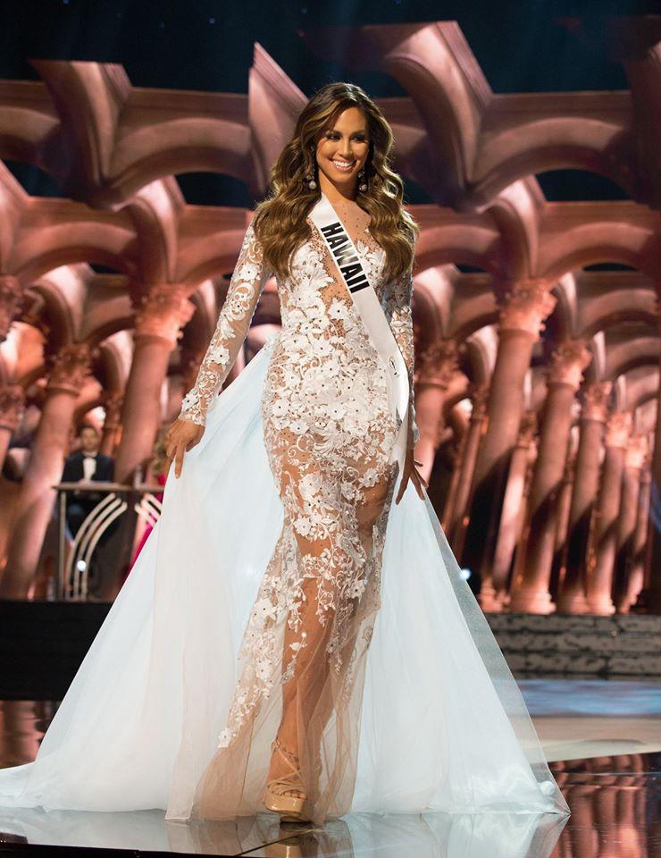 Bất ngờ vì nhan sắc quá khiêm tốn của tân hoa hậu Mỹ - 8