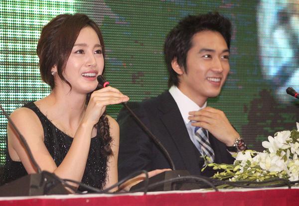Khối tài sản khủng nhất nhì showbiz Hàn của Kim Tae Hee - 4