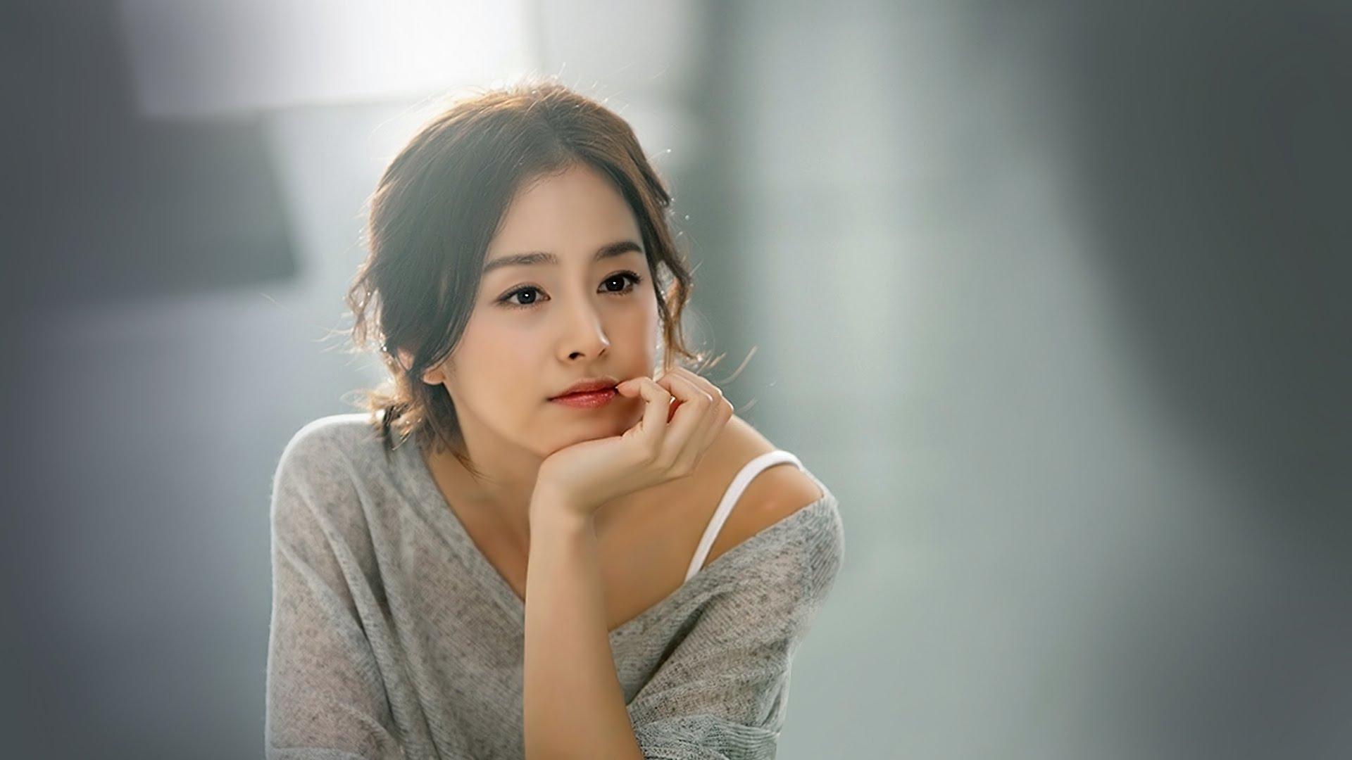 Khối tài sản khủng nhất nhì showbiz Hàn của Kim Tae Hee - 5