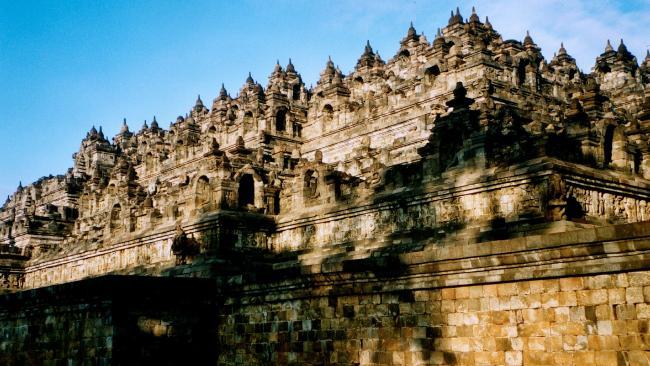 Những hòn đảo du lịch đẹp mê hoặc ở Indonesia - 7