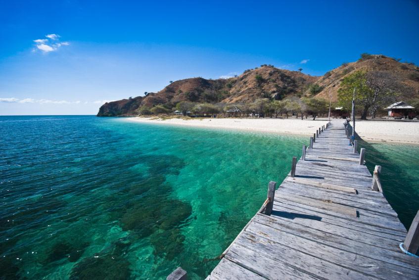 Những hòn đảo du lịch đẹp mê hoặc ở Indonesia - 4