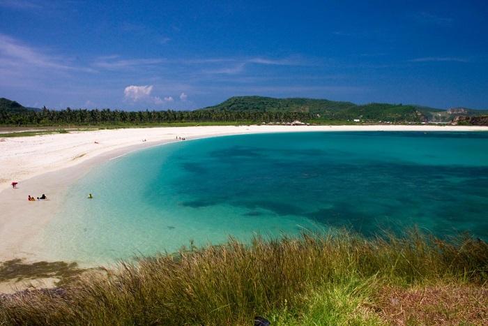 Những hòn đảo du lịch đẹp mê hoặc ở Indonesia - 6