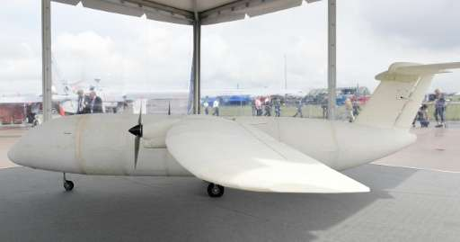 Chiếc máy bay đầu tiên in bằng công nghệ 3D - 2