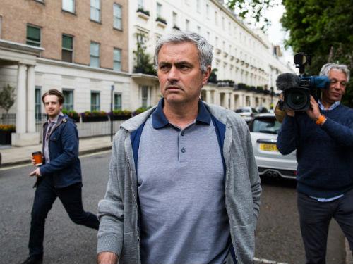 "Sốc: Mourinho muốn ""trảm"" 13 cựu binh thời Van Gaal - 1"