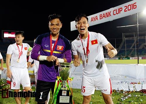 Việt Nam vô địch cúp tứ hùng: Vỡ òa hạnh phúc - 7