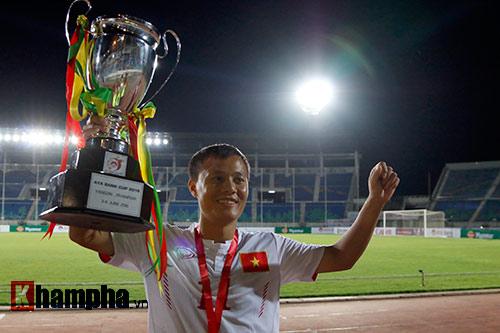 Việt Nam vô địch cúp tứ hùng: Vỡ òa hạnh phúc - 10