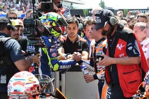 "MotoGP: ""Chiến tranh lạnh"" Rossi - Marquez sang trang - 2"