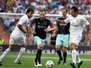 """Bóng đá - Figo, Raul """"nhảy múa"""" cùng đội huyền thoại Real"""