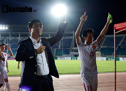 ĐT Việt Nam vô địch, HLV Hữu Thắng đặc biệt khiêm tốn - 1