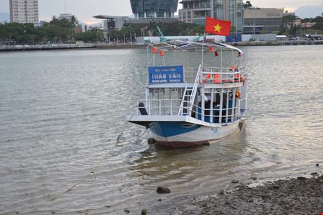"""Vụ chìm tàu trên sông Hàn: """"Con voi chui qua lỗ kim""""? - 1"""