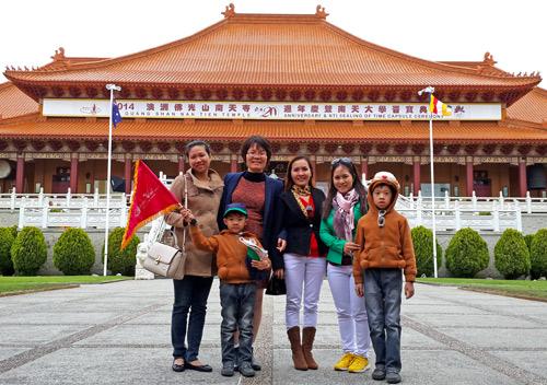 Bí quyết tiết kiệm chi phí du lịch hè cho gia đình - 2