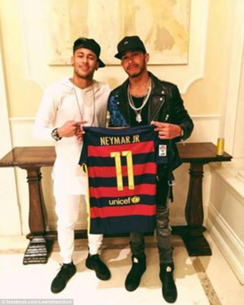 """Không dự Copa, Neymar vẫn tới Mỹ sống cảnh """"đế vương"""" - 7"""