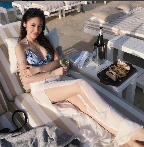 """""""Đệ nhất hot girl Lào"""" vừa sành điệu lại sexy - 7"""