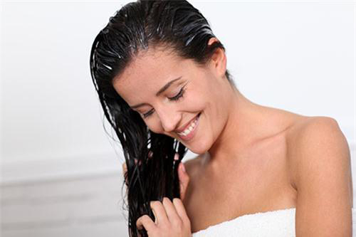Cách dưỡng tóc mượt như suối từ hoa dâm bụt - 8