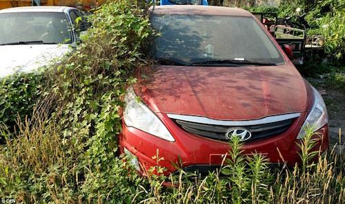 Kỳ lạ nơi hàng trăm siêu xe bị chủ bỏ rơi ở Trung Quốc - 4