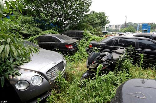 Kỳ lạ nơi hàng trăm siêu xe bị chủ bỏ rơi ở Trung Quốc - 8