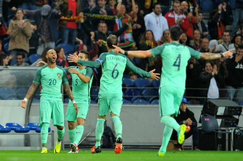 Bồ Đào Nha và Euro 2016: Ronaldo không phải tất cả - 1