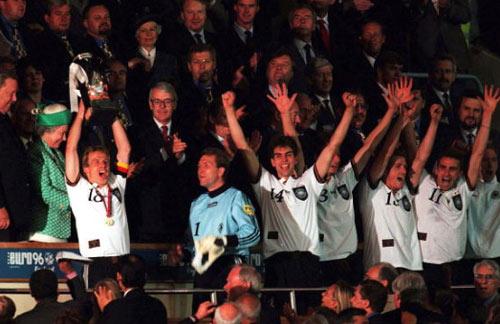 Theo quy luật, Anh hoặc Italia có thể vô địch Euro - 1