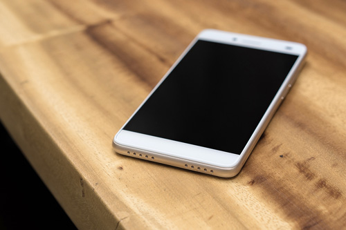 LAI Yuna S: Camera selfie 8.0 MP, pin 3000 mAh tầm giá 2 triệu đồng - 5