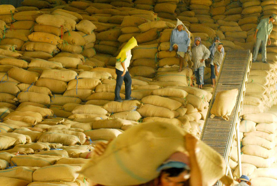 Trung Quốc kiểm soát ngặt gạo Việt Nam - 1