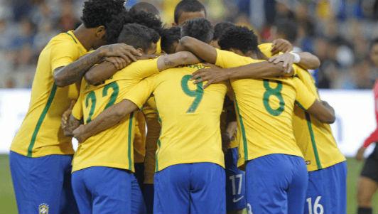 Brazil: Thảm hại y hệt... đội tuyển Việt Nam