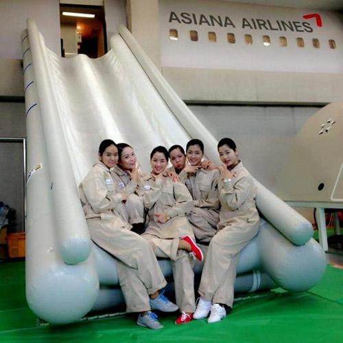 Cô gái Việt và ước mơ làm nghề phục vụ trên không - 3