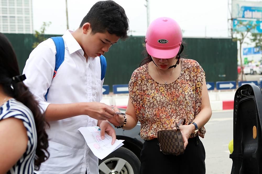 Hà Nội: Thi môn đầu tiên, hơn 300 thí sinh bỏ thi vào lớp 10 - 1