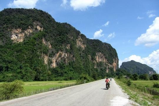 Sức hút lạ kỳ ở 10 cung đường tuyệt đẹp của châu Á - 10
