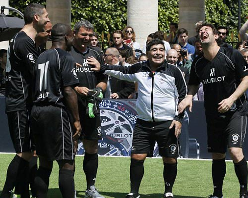 "Bất ngờ: Maradona ""nói xấu"" Messi - 6"
