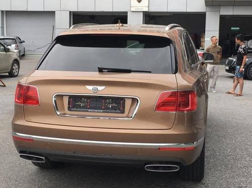 Cận cảnh Bentley Bentayga đầu tiên tại Việt Nam - 3
