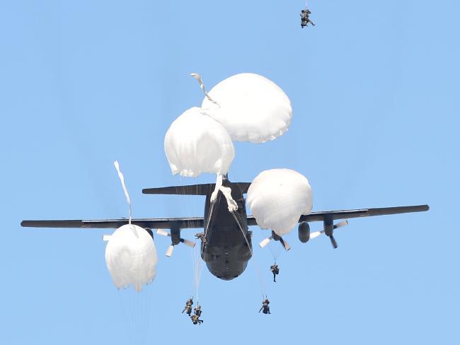 """Quan chức Mỹ: Nga có thể """"đè bẹp"""" NATO trong 60 tiếng - 2"""