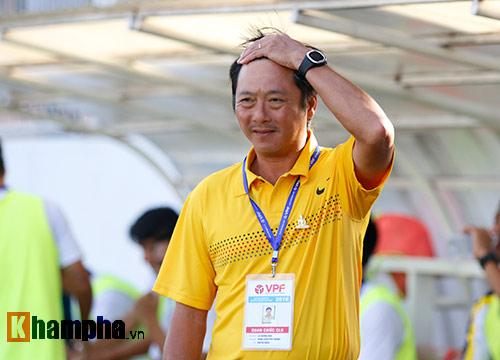 Thua kịch tính HAGL, Huỳnh Đức chỉ trích trọng tài - 2