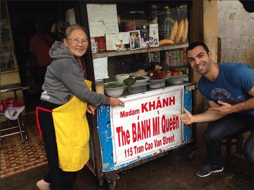 """Khám phá tiệm bánh mì """"ngon nhất thế giới"""" ở Hội An - 1"""