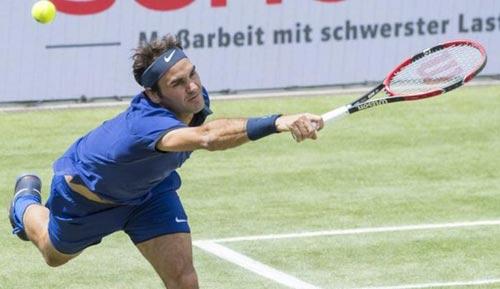 Federer – Mayer: Tàu chậm kiểu đau tim (TK Mercedes Cup) - 1