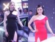 Dàn người mẫu mặc váy xẻ tà tạo dáng bên xe Audi ở Hà Nội