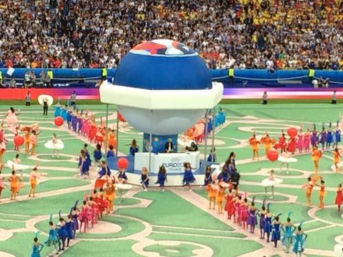 Khai mạc Euro 2016: Lễ hội âm thanh, màu sắc - 6