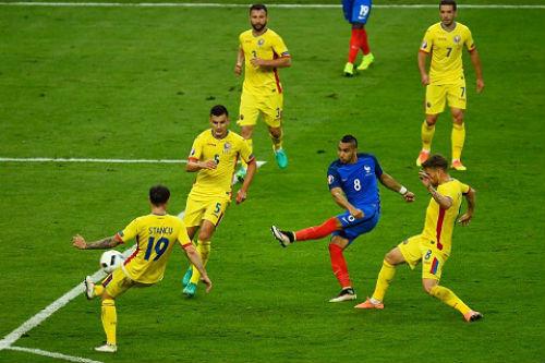 ĐT Pháp thắng khai màn: Deschamps hài lòng, Payet rơi lệ - 1