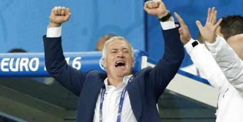 ĐT Pháp thắng khai màn: Deschamps hài lòng, Payet rơi lệ - 5