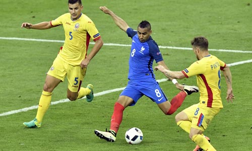 Tin nhanh EURO 11/6: Bale ước được đá với... Giggs - 1