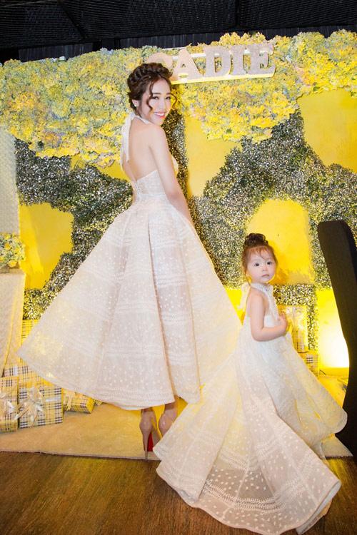 Elly Trần tổ chức sinh nhật sớm cho con gái yêu - 2