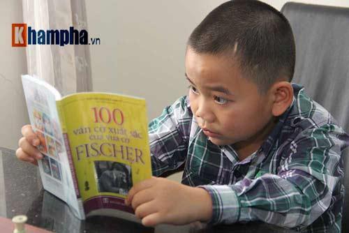 Thần đồng cờ vua Đặng Anh Minh: Tài không đợi tuổi - 1