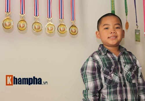 Thần đồng cờ vua Đặng Anh Minh: Tài không đợi tuổi - 4
