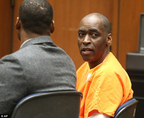 Ngôi sao truyền hình Mỹ bị kết án 40 năm tù vì bắn chết vợ - 1