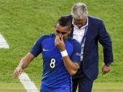 Bóng đá - ĐT Pháp thắng khai màn: Deschamps hài lòng, Payet rơi lệ